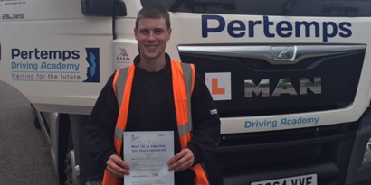 1000th Driver at Pertemps Driving Academy